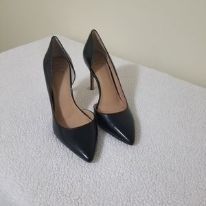 """Size 8 INC 4"""" hells in great used condition"""